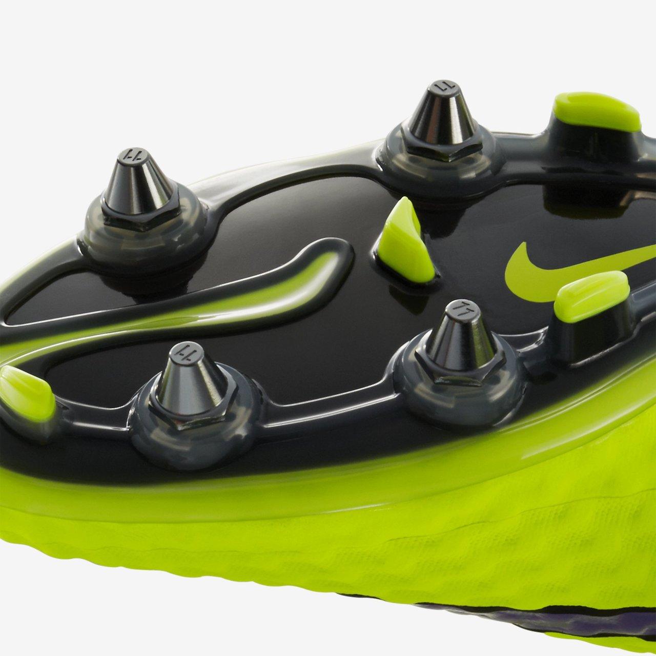 a32497036 Nike Hypervenom Phantom SG-Pro Boots - Intense Heat Pack - Volt ...