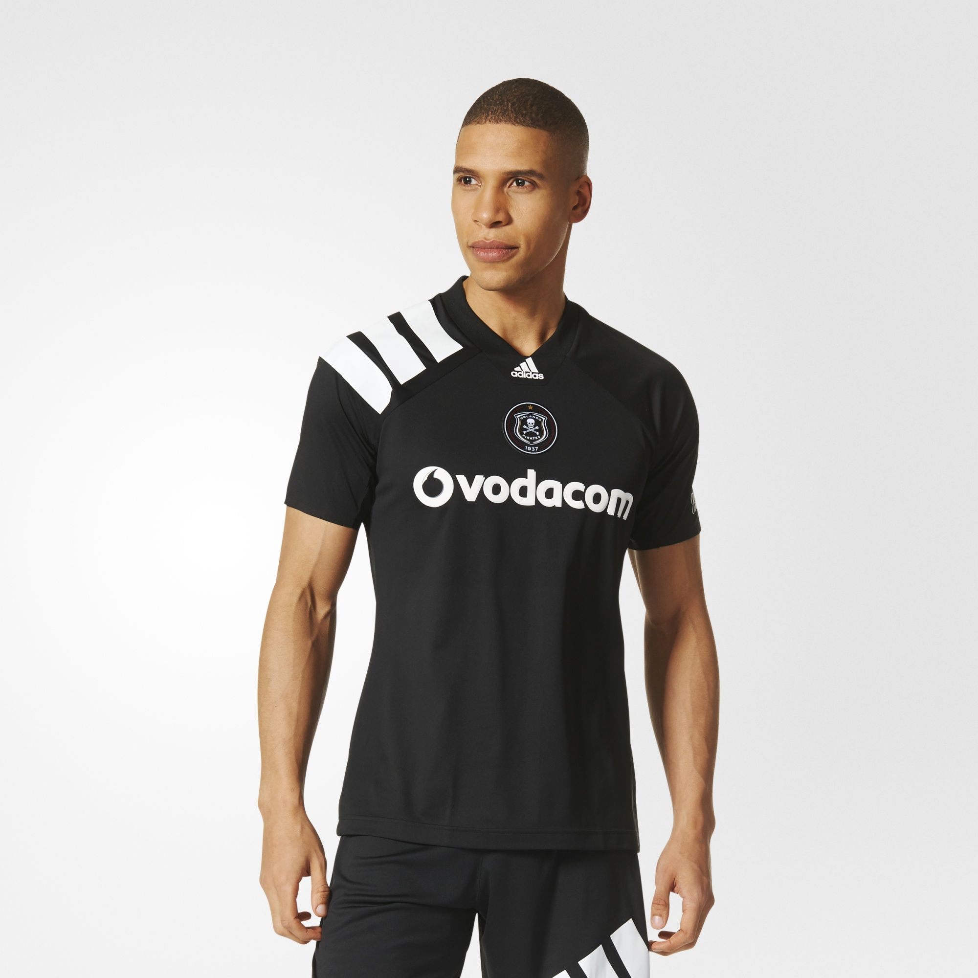 http://www.footballshirtculture.com/images/stories/orlando-pirates-2017-2018-adidas-home-kit/orlando_pirates_17_18_adidas_home_kit_a.jpg