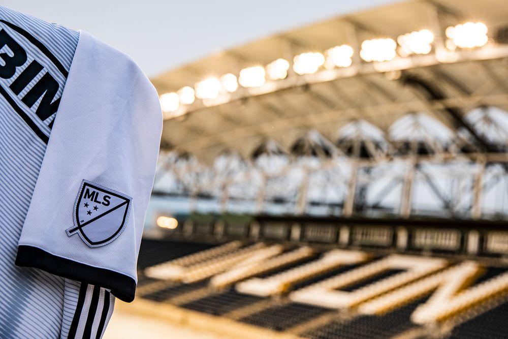 philadelphia_union_2019_adidas_away_kit_