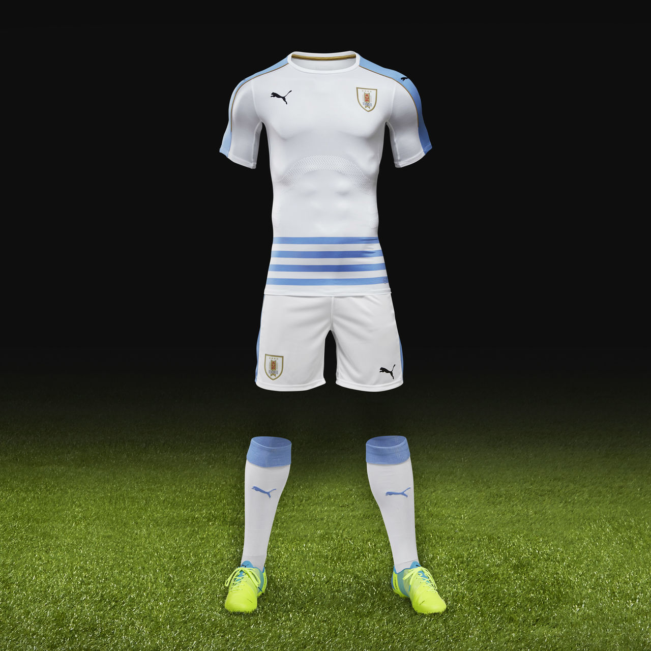 9a3977e0f0c Uruguay 2016 Copa America Puma Away Shirt | 16/17 Kits | Football ...