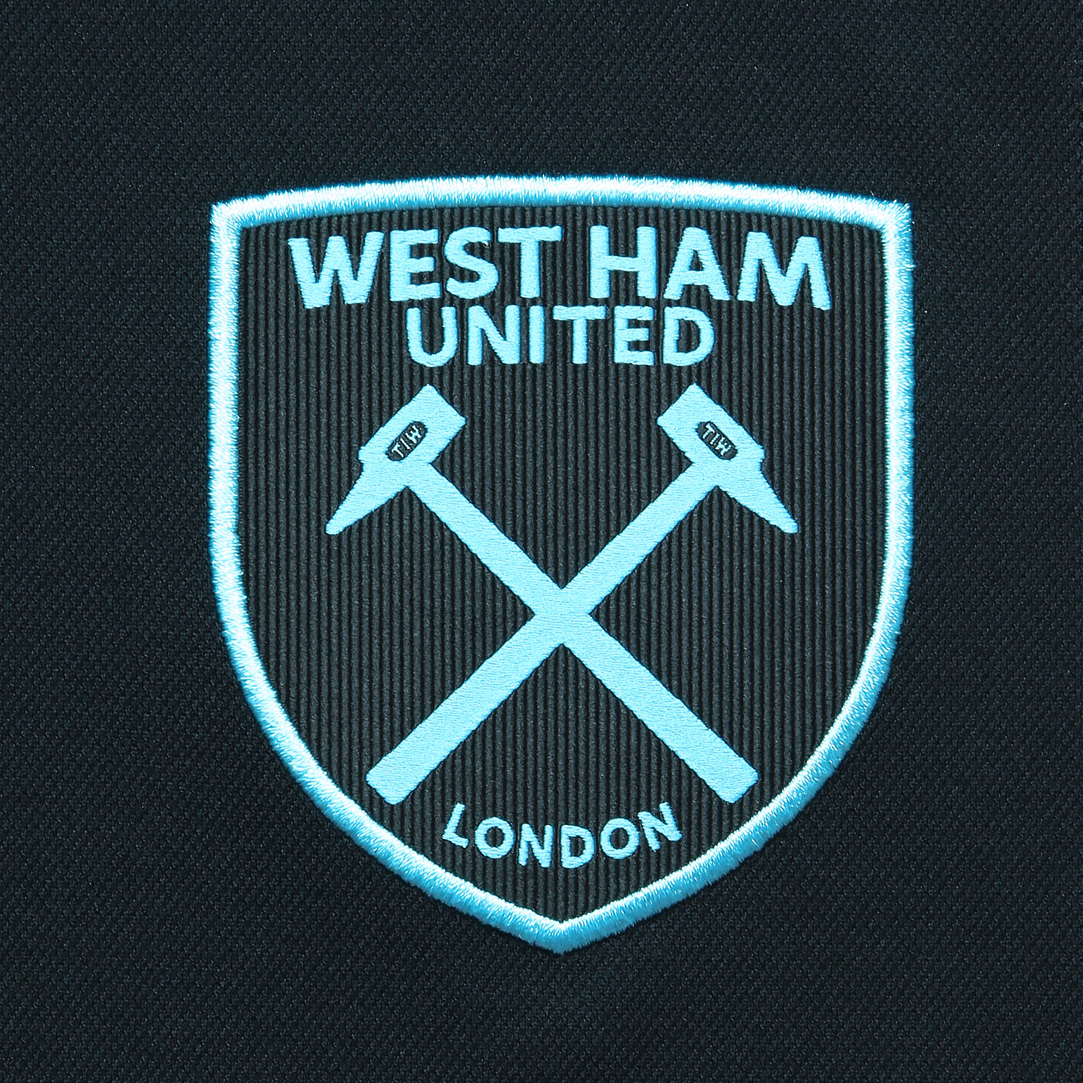 West Ham United 2017-18 Umbro Away Kit | 17/18 Kits ...